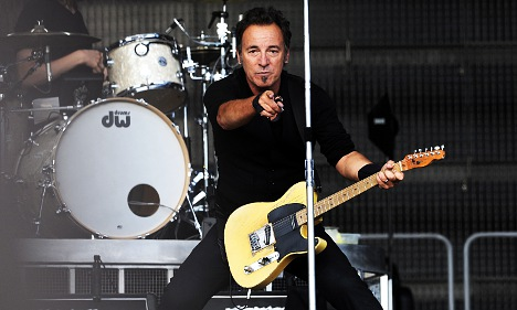 Springsteen could play terror island gig: report
