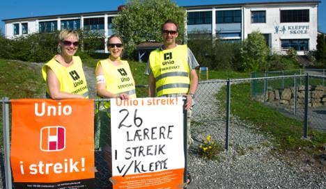 Norway public sector workers go on strike