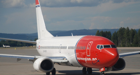 Norwegian airline to offer free water on long flights
