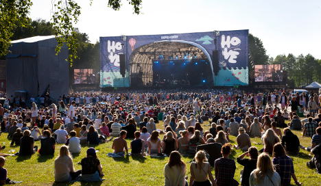 Man falls down dead on Hove festival stage