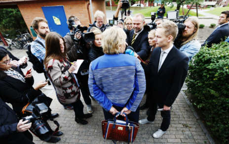 'Iron Erna' does laundry on first day as next PM