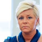 Norway PM: 'Say sorry for sneak-Islam claim'