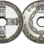 <b>Why do Norwegian...coins have holes in the middle?</b></p> <p> Following the trend, another question about Norwegians and money. If they&#39;re so rich, why does their money have holes in the middle? One result claims it&#39;s because in medieval times people carried their money on ropes. Other results says...well, that there is no reason.&nbsp;</p>