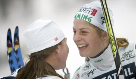 Norway medallists 'raced for bereaved team-mate'