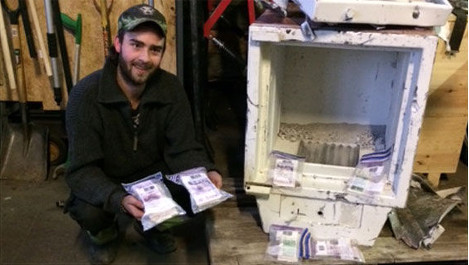 Man at recycling plant finds $16,000 in old safe
