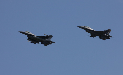Russian fighter planes skirt Norwegian airspace