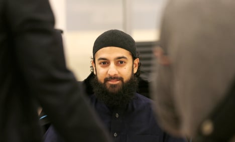 Terror threat Hussain released on charge