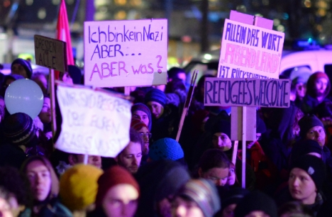A counter-Pegida demonstration in Dresden PHOTO: DPA