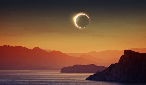 Eclipse junkies head for the Svalbard islands