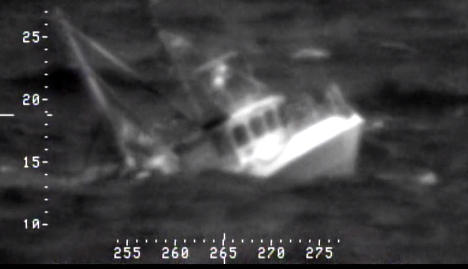Dramatic helicopter sea rescue in Norway