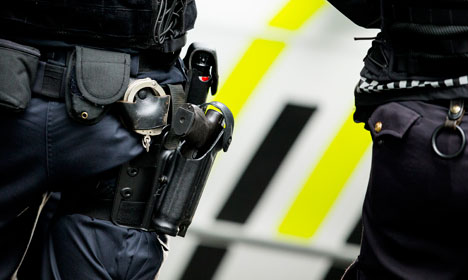 Norwegian police to stay armed until February