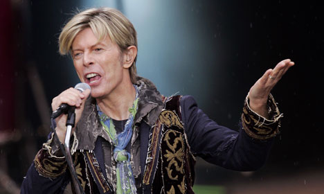 Bells at Oslo's City Hall to honour David Bowie