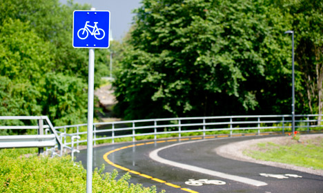 Norway to ride high-speed bike lanes to emissions cuts