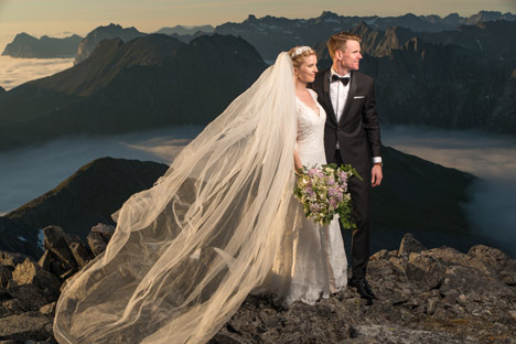 Norway couple takes wedding photos to epic new heights