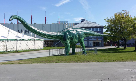 Someone in Norway stole a giant dinosaur leg