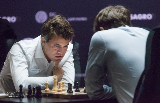 Norwegian and Russian tied in battle for world chess crown