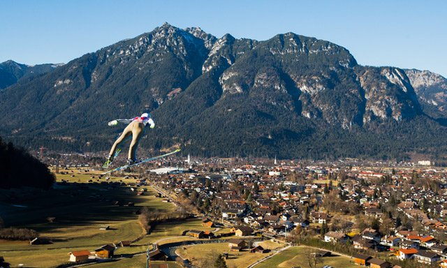 Norway's Tande jumps into 2017 with Four Hills second round win