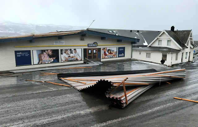Northern Norway residents told to stay inside during 'dangerous' storm