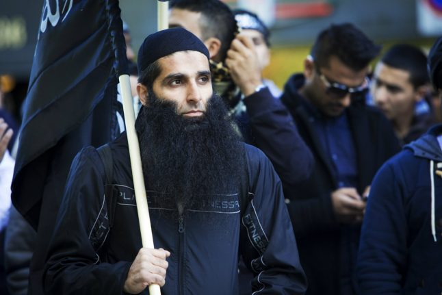 Norway seizes weapons, remands Islamist for four weeks