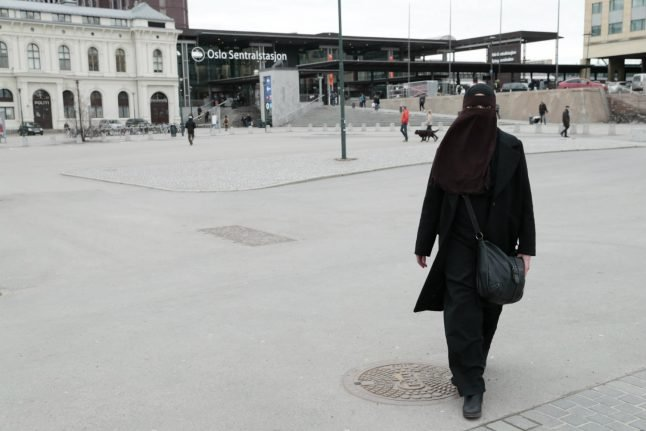 Norway to ban full-face Muslim veil in all schools