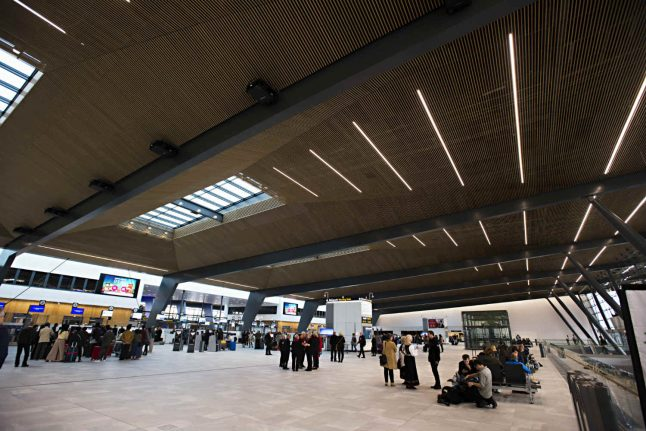 Bergen Airport temporarily evacuated after suspicious package found