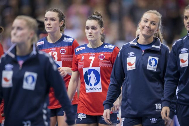 Handball: French women dethrone Norway to take world title