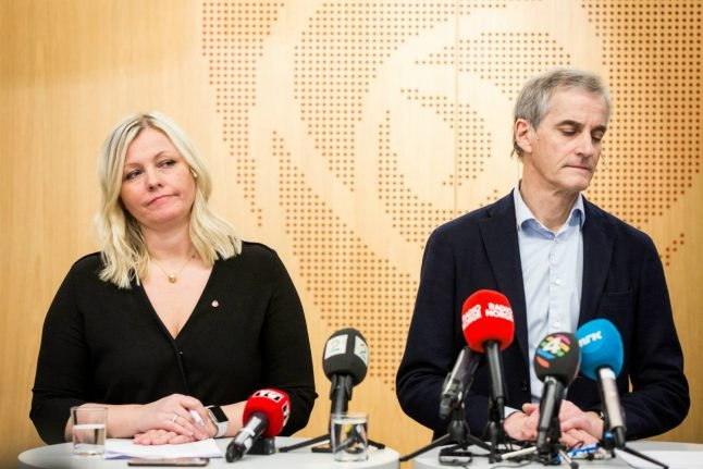 Deputy leader suspended as Norway opposition crisis continues