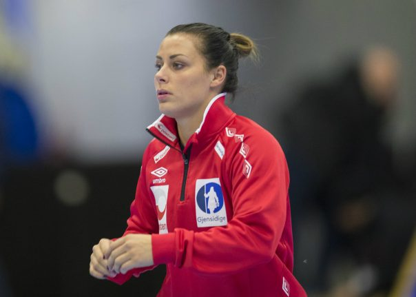 Norway handball star returns after intimate photo row
