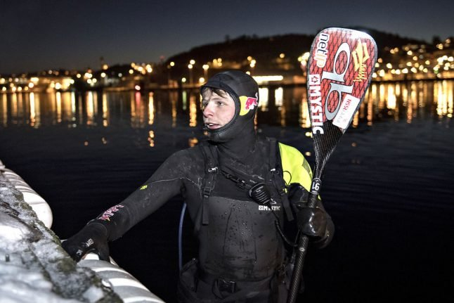 Danish paddle surfer sweeps across sea to Norway
