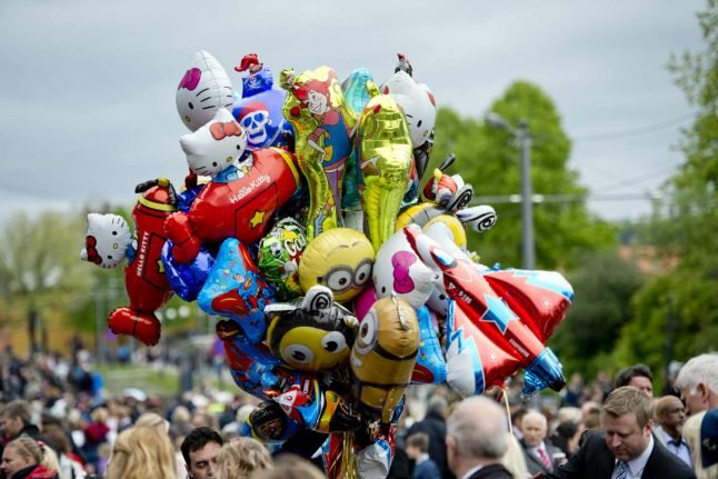 Call the fun police! Norwegian cops destroy helium balloons on national day