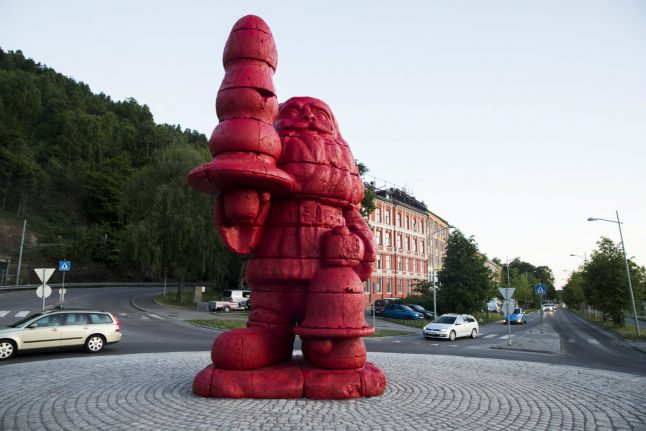 Red version of 'butt plug' Santa statue unveiled in Oslo