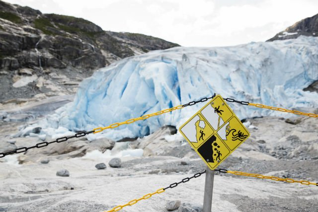 Tourist killed in Norway after ice calves off glacier