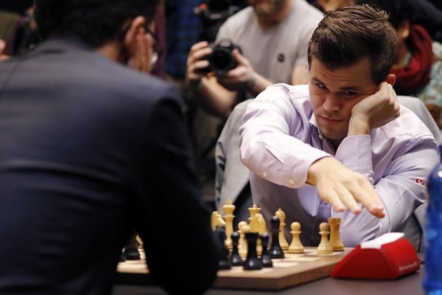 Norway's Carlsen beats US rival to keep chess crown