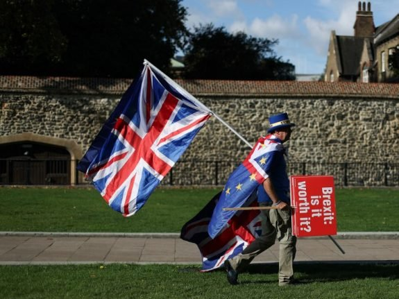 EU's 'no-deal' Brexit plan spells out bad news for British travellers