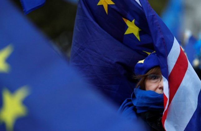 Euro MPs back Brexit delay in letter to Britain