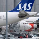 SAS starts talks with unions to end six-day strike