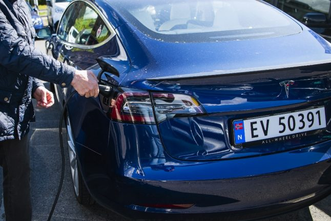 From princes to undertakers – How Norway's motorists are going electric