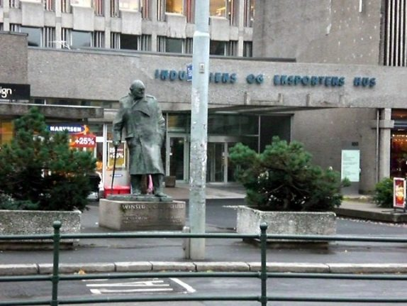 Norway MPs slam 'absurd' call to remove Oslo Churchill statue