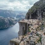 Norwegian police called after tourists form long queue at Preikestolen