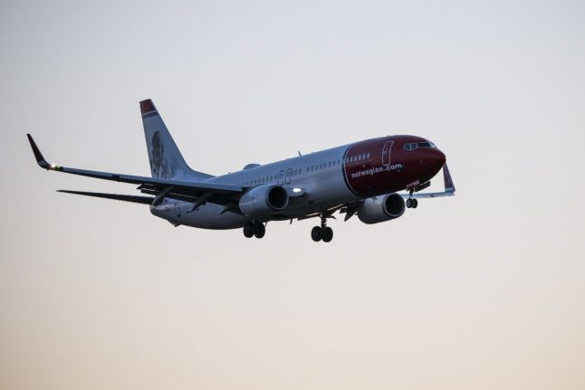 Norway lifts ban on flights from UK