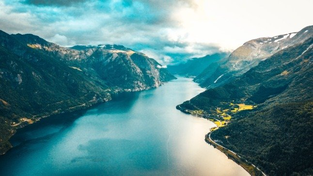 What changes about life in Norway in June