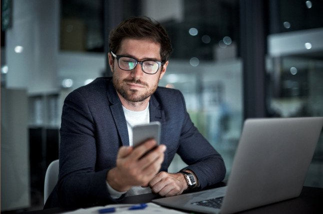 The secret to studying an MBA flexibly from your mobile phone