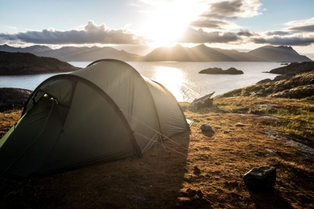 What are the rules and culture of camping in Norway?